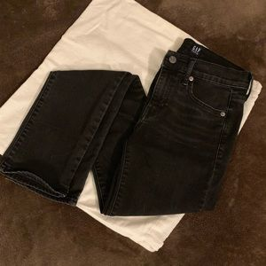 GAP Classic Straight Black Stone Wash Denim